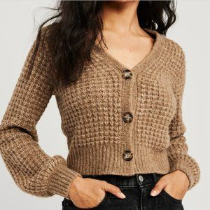 Abercrombie & Fitch V-Neck Cardigan
